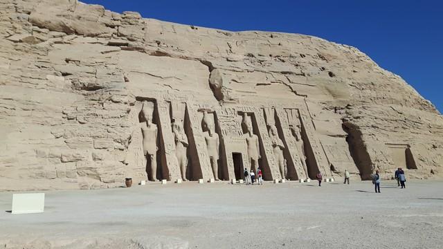Ausflug Abu Simbel Nefertari