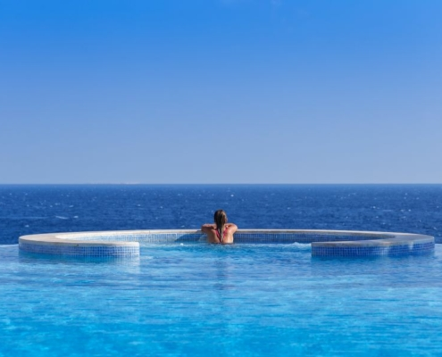 The Oberoi Beach Resort Infinity Pool
